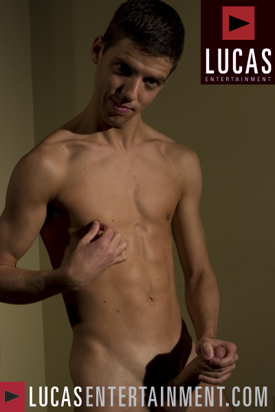 Tommy DeLuca - Gay Model - Lucas Entertainment