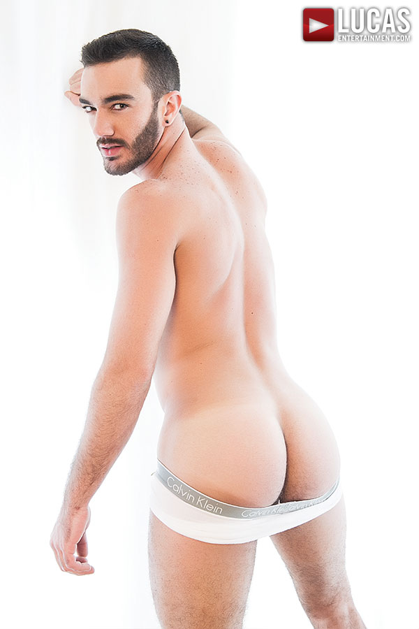 Alejandro Alvarez - Gay Model - Lucas Entertainment