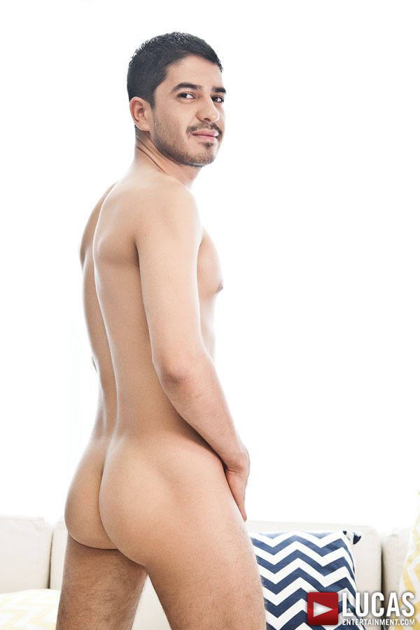 BJ Rhubarb - Gay Model - Lucas Entertainment