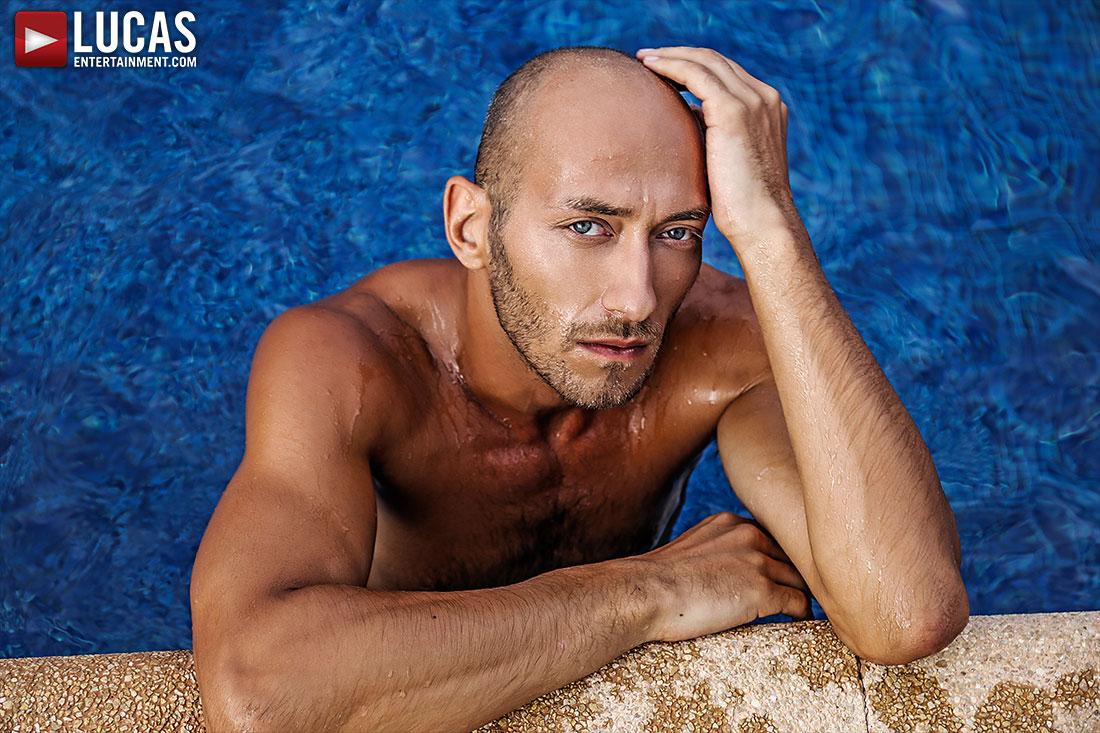 Dominic Arrow - Gay Model - Lucas Entertainment