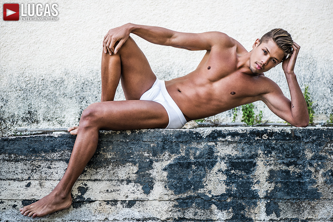 Lorenzo Ciao Gay