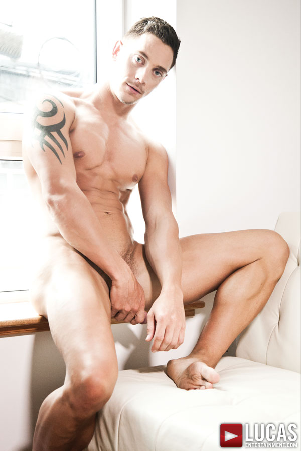 Michael Lachlan - Gay Model - Lucas Entertainment