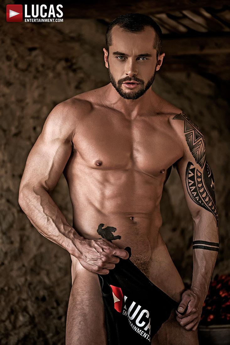 Tyler Berg - Gay Model - Lucas Entertainment