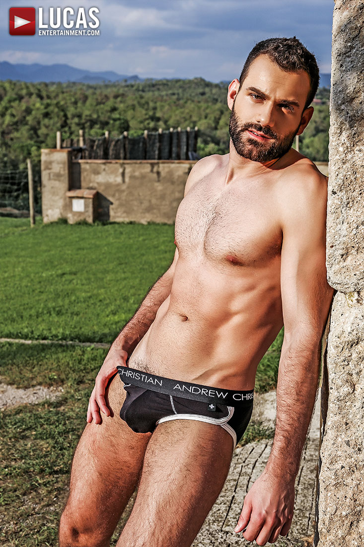 Wolf Rayet - Gay Model - Lucas Entertainment