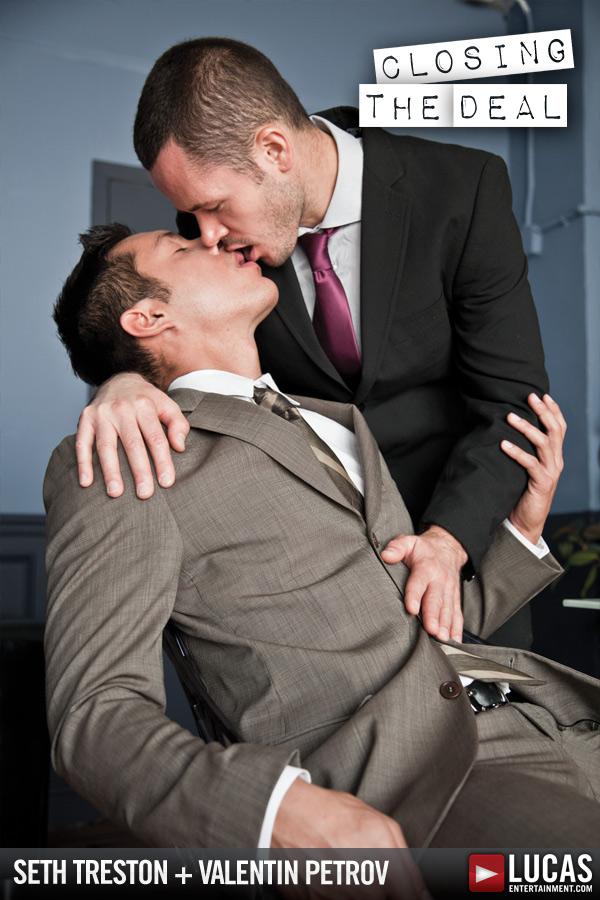 Valentin Petrov Tops Seth Treston - Gay Movies - Lucas Entertainment