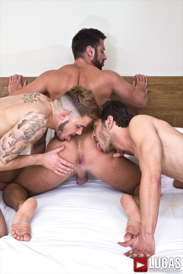 Raw Double Penetrations - Gay Movies - Lucas Entertainment