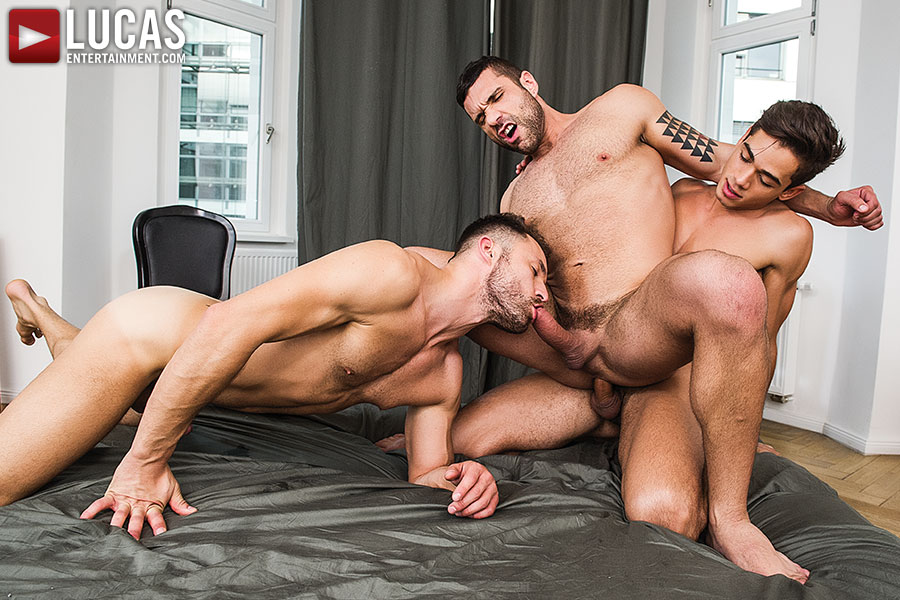 Zander Craze Shares His Meat With Damon Heart And Viktor Rom - Gay Movies - Lucas Entertainment