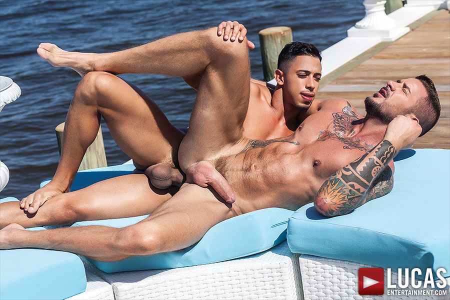 Drae Axtell Tops Dolf Dietrich Bareback - Gay Movies - Lucas Entertainment