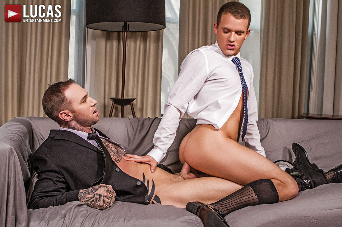 Gentlemen 17: Oral Office - Gay Movies - Lucas Entertainment