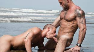 Jake Genesis Fucks Jesse Santana on the Beach