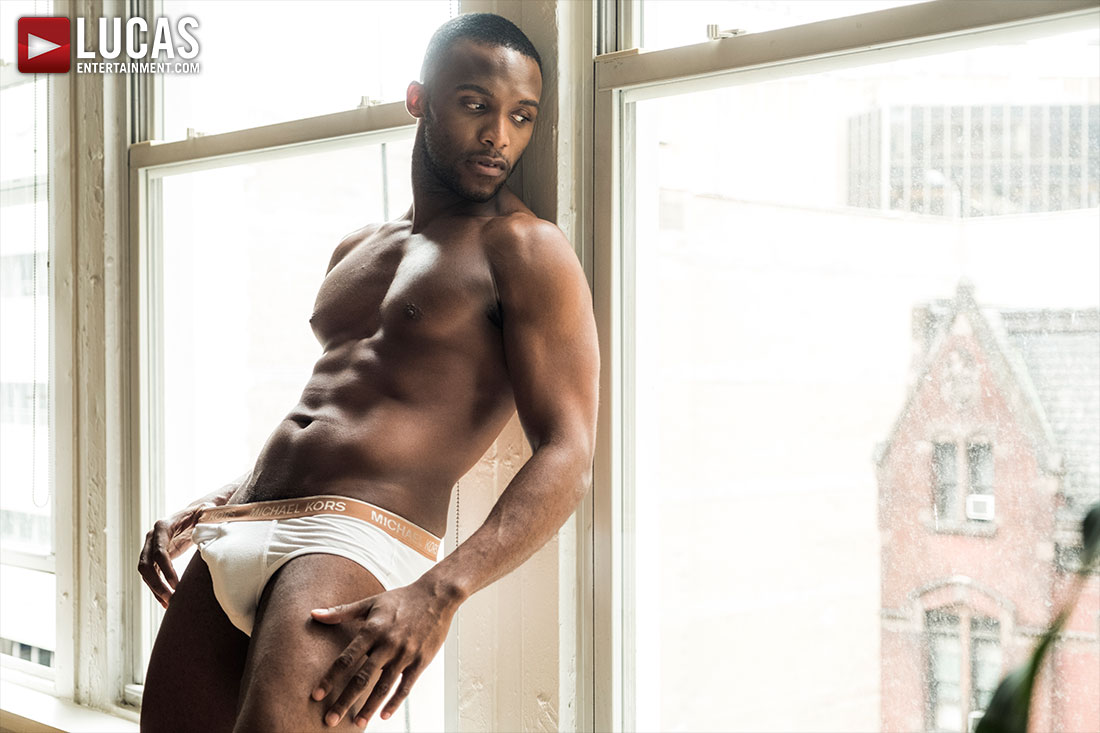 Andre Donovan - Gay Model - Lucas Entertainment