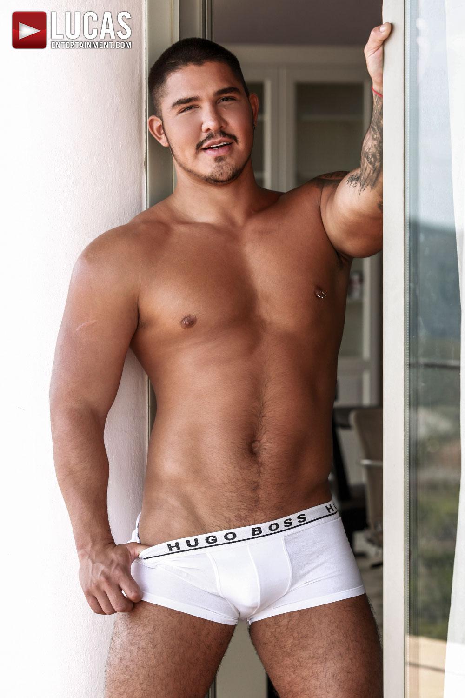 Actores Porno Esloveno Gays apolo fire   gay model   lucas entertainment