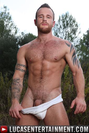 brown gay porn Ben