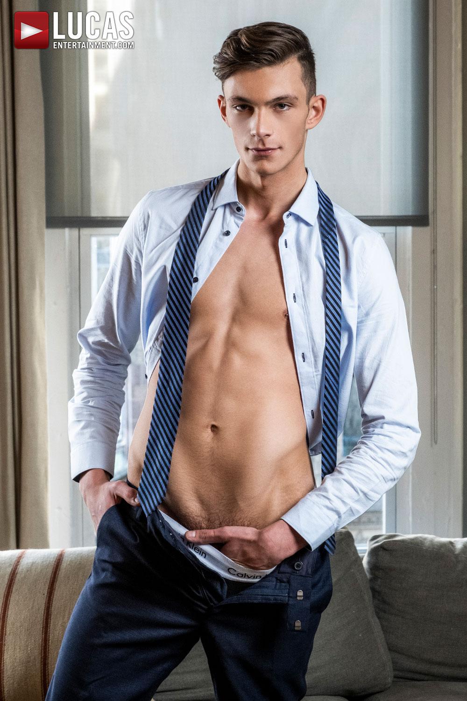 Braxton Boyd - Gay Model - Lucas Entertainment