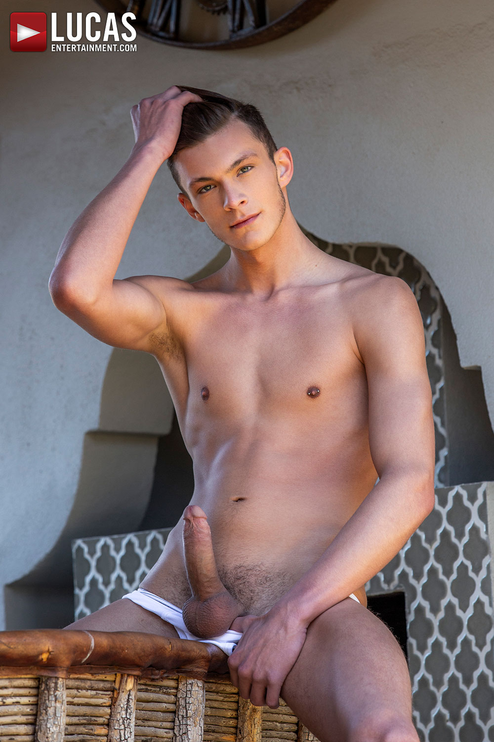 Braxton Boyd Braxton is a beautiful newcomer to the gay porn industry whose chiseled good looks are