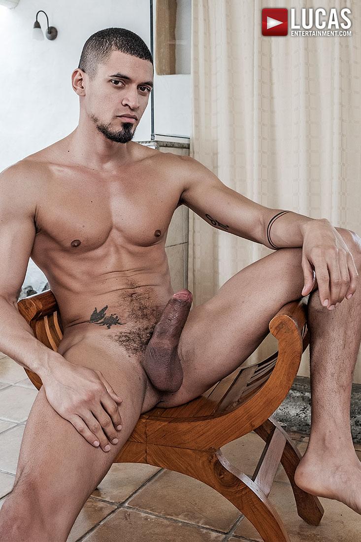 Moreno latina nude
