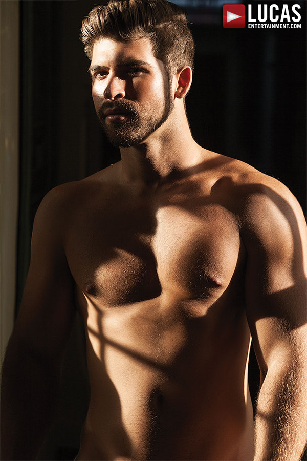Jonah Fontana - Gay Model - Lucas Entertainment