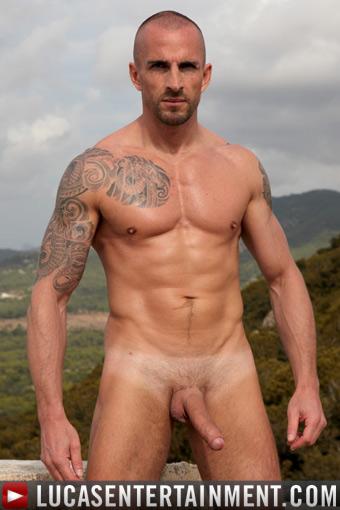 Kriss Aston Gay porno