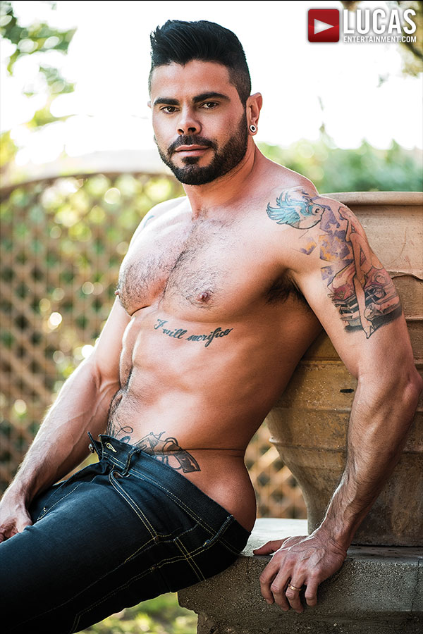Mario Domenech - Gay Model - Lucas Entertainment