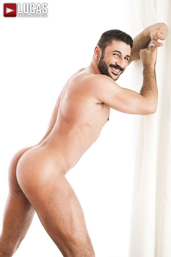 Max Toro - Gay Model - Lucas Entertainment
