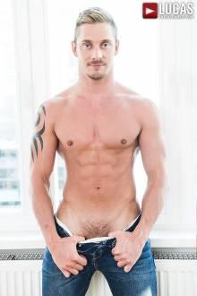 Michael Lachlan - Gay Model - Lucas Entertainment