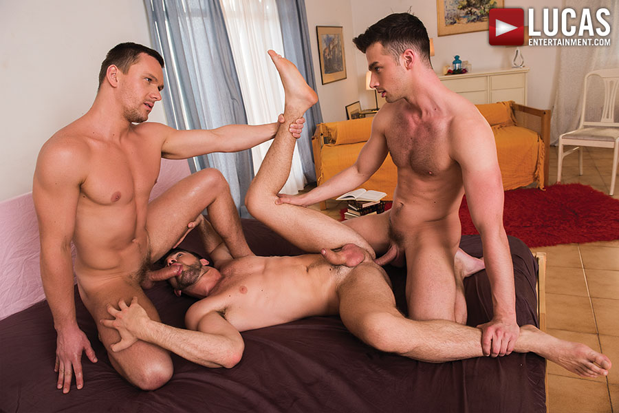 Damon Heart And Andrey Vic Double Team Zander Craze - Gay Movies - Lucas Entertainment