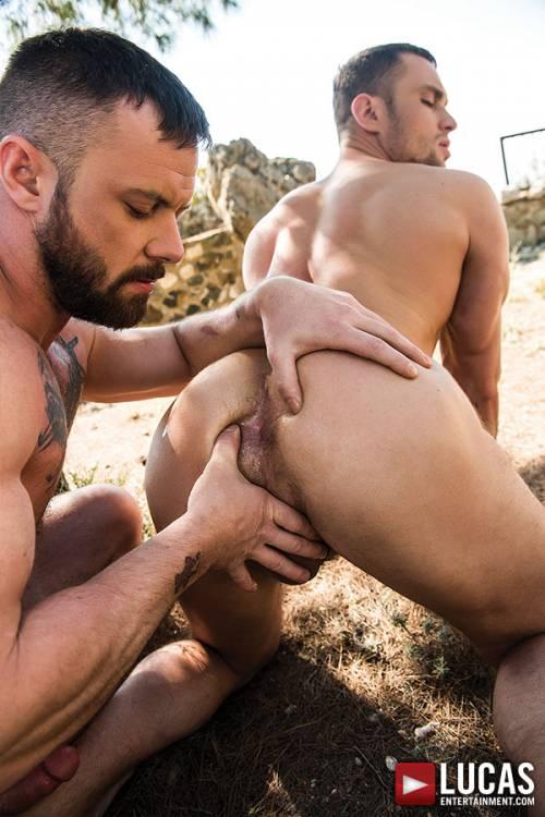 Sergeant Miles Flip-Fucks With Stas Landon - Gay Movies - Lucas Entertainment