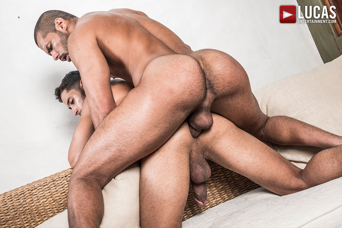 Drae Axtell Rides Lucas Fox's Raw Cock - Gay Movies - Lucas Entertainment