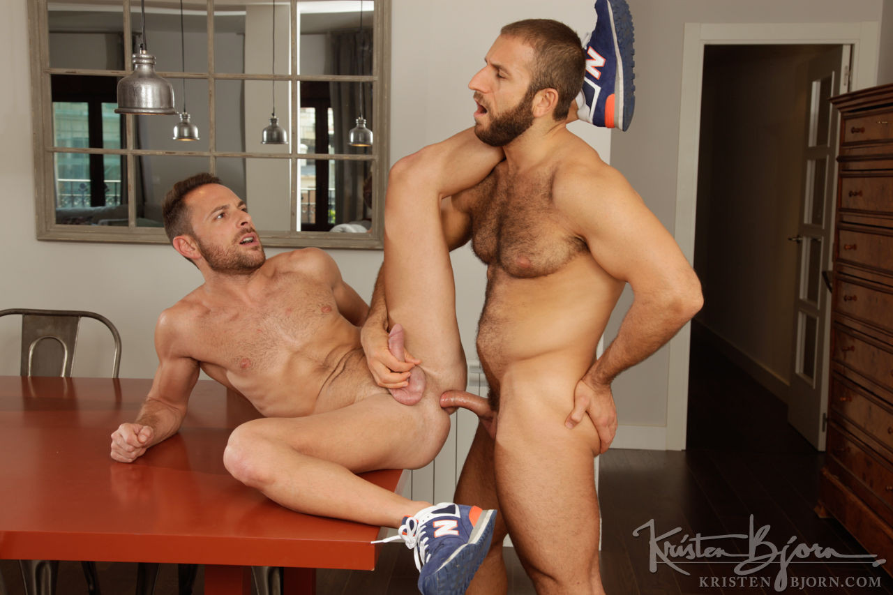 Jalil Jafar Tops Aitor Bravo Raw - Gay Movies - Lucas Entertainment
