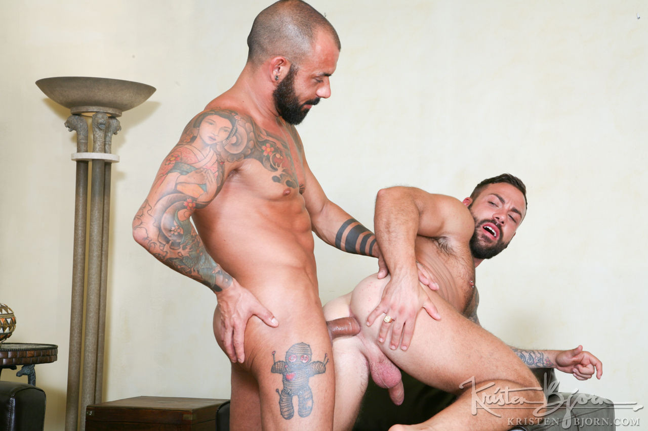 Juanjo And Sergi Rodriguez Fuck Bareback - Gay Movies - Lucas Entertainment