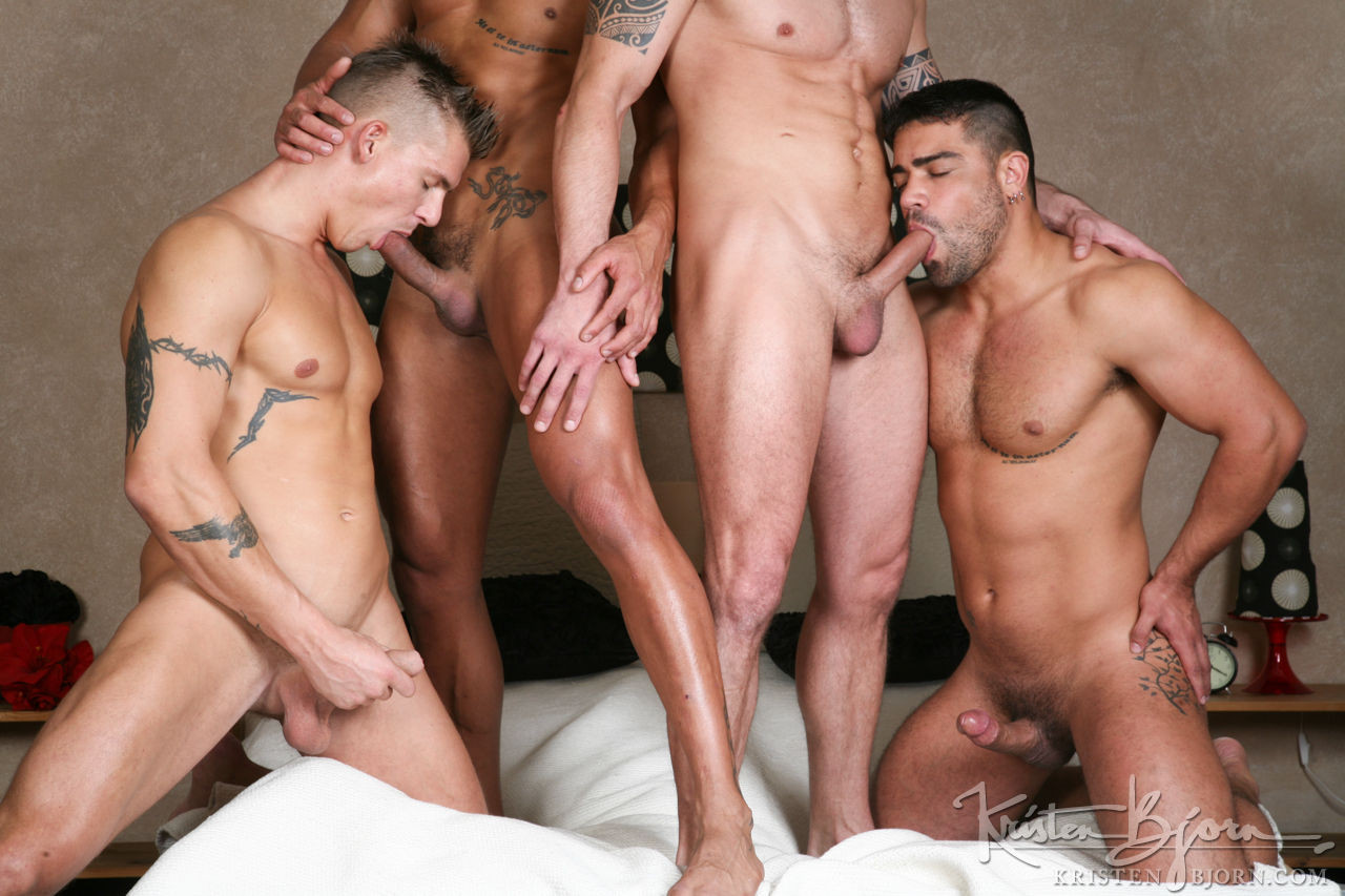 Rado Zuska, Mirek Ceslar, Wagner Vittoria, Diego Lauzen | Raw Four-Way Fuck - Gay Movies - Lucas Entertainment