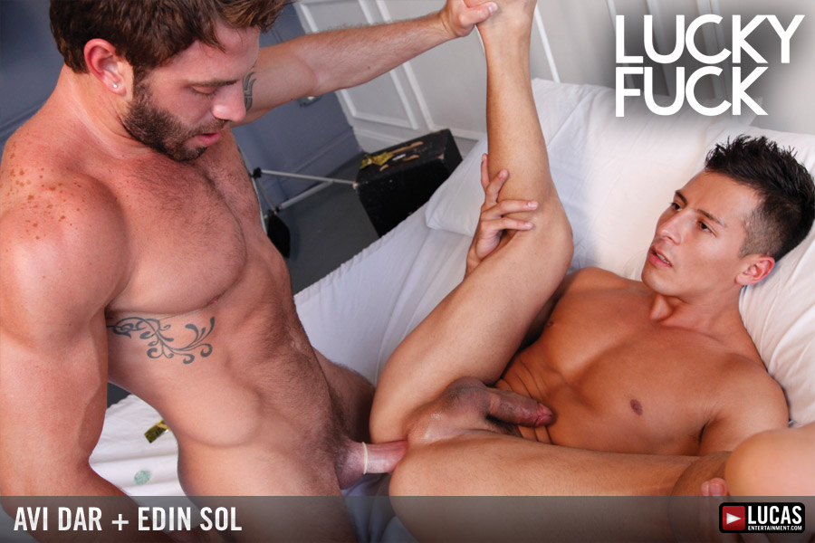 Israeli Sex Star Avi Dar Fucks Newcomer Edin Sol - Gay Movies - Lucas Entertainment
