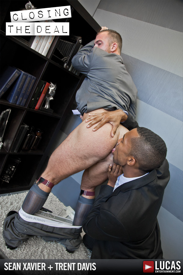 Trent Davis Services Sean Xavier's Black Cock