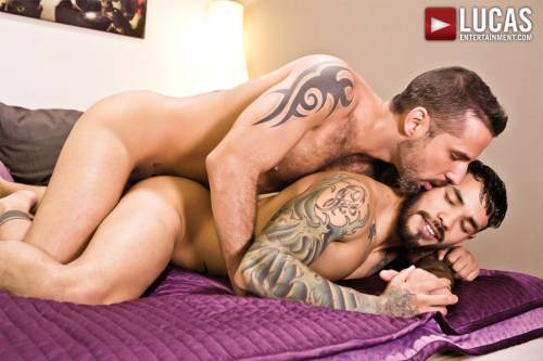 Jonathan Agassi and Draven Torres Have Bareback Sex - Gay Movies - Lucas Entertainment
