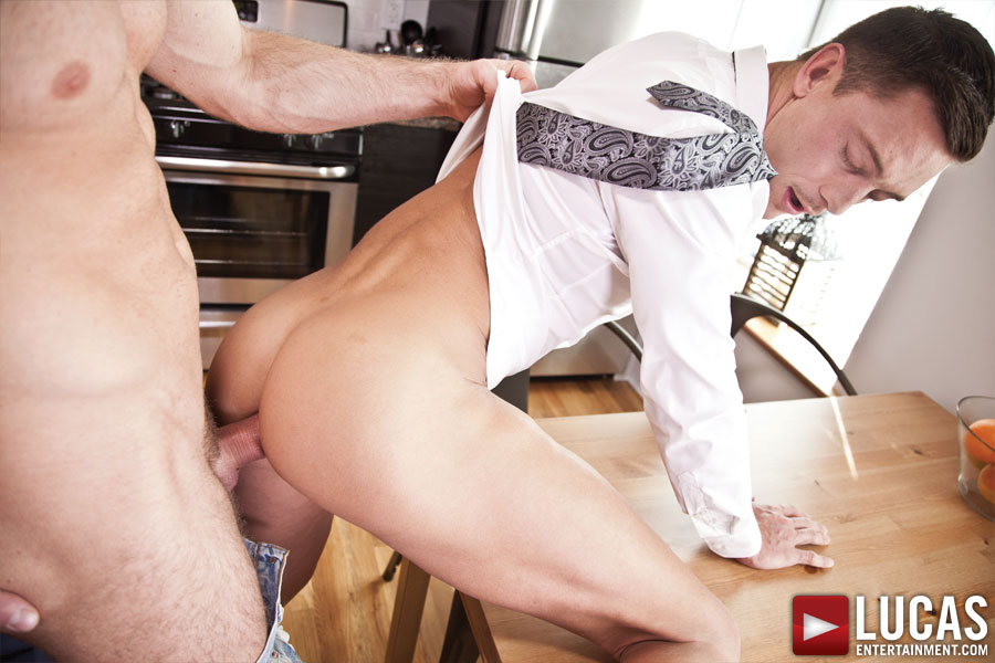 Michael Lachlan Seduces Maintenance Man Sebastian Rossi with Raw Sex - Gay Movies - Lucas Entertainment
