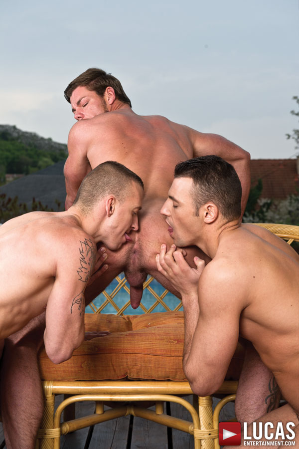 Toby Dutch Fucks Bareback with James Jones and Zboy 25 - Gay Movies - Lucas Entertainment