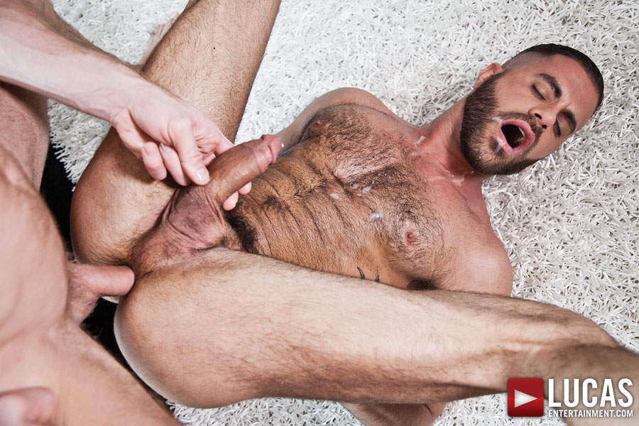 Christopher Daniels Debuts His Bareback Sex Premiere with Marcus Isaacs - Gay Movies - Lucas Entertainment