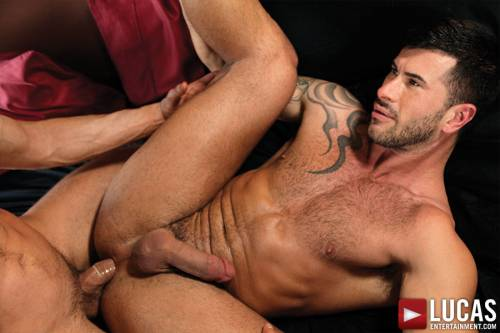 Adam Killian Bottoms For Michael Lucas - Gay Movies - Lucas Entertainment