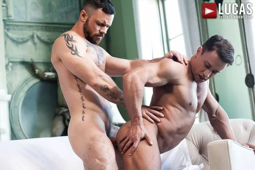 Alexander Volkov Tops Sergeant Miles    - Gay Movies - Lucas Entertainment