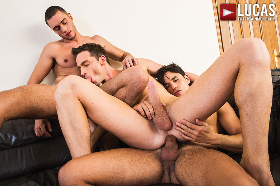Damon Heart Takes Double Penetration From Rafael Carreras And Javi Velaro - Gay Movies - Lucas Entertainment