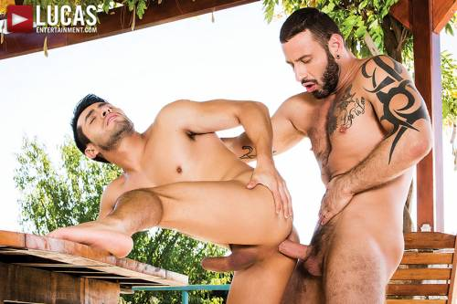 Antonio Miracle Tops And Bottoms For Derek Allan - Gay Movies - Lucas Entertainment