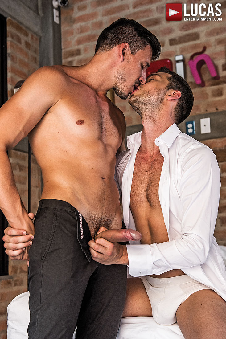 Damon Heart Bottoms For Roman Berman - Gay Movies - Lucas Entertainment