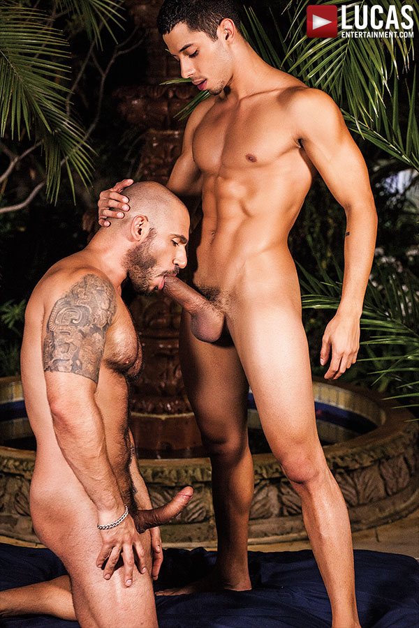 Drae Axtell Takes Raw Dick From Pedro Andreas - Gay Movies - Lucas Entertainment