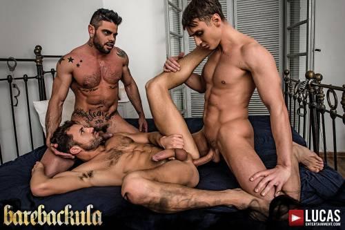 Barebackula Grants Jonathan Harder A Raw Threesome - Gay Movies - Lucas Entertainment