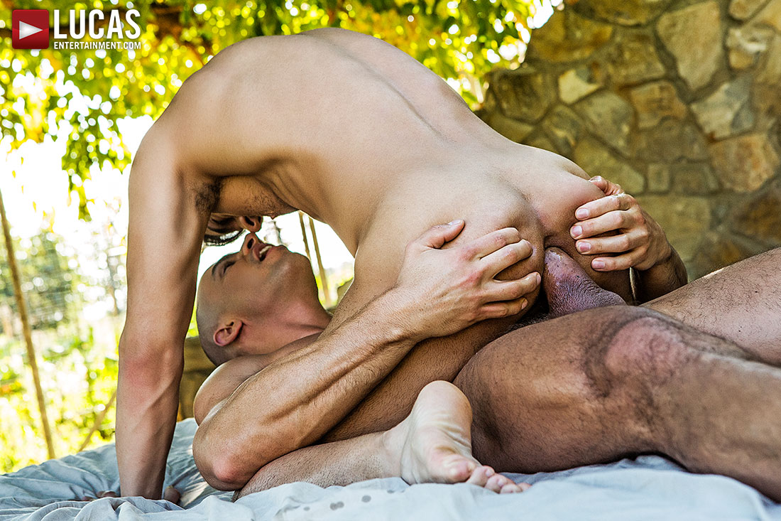 Diego Summers Pounds Sergyo's Ass Raw - Gay Movies - Lucas Entertainment