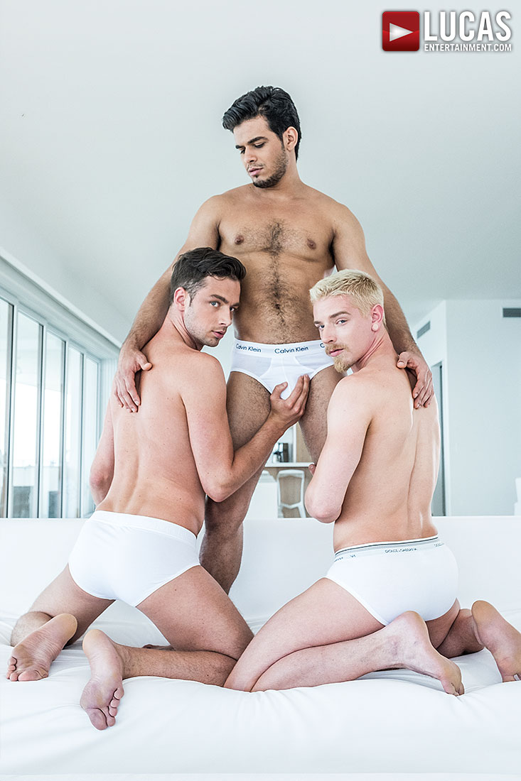 Rico Marlon, Damon Heart, Cody Winter | Bareback Double Penetration - Gay Movies - Lucas Entertainment