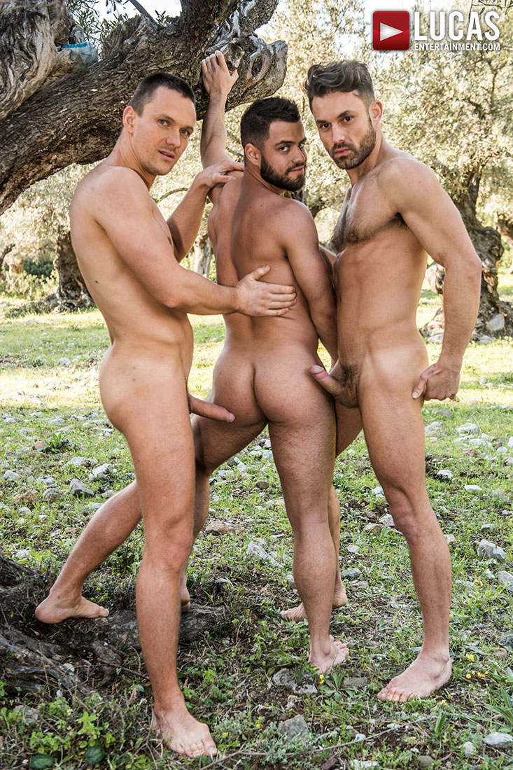 Andrey Vic And James Castle Spit-Roast Ares Fly - Gay Movies - Lucas Entertainment