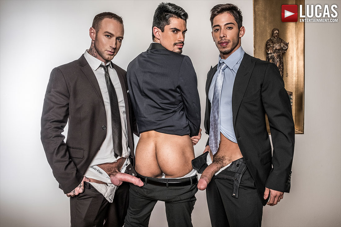 Dylan James And Drae Axtell Double Team Lee Santino - Gay Movies - Lucas Entertainment