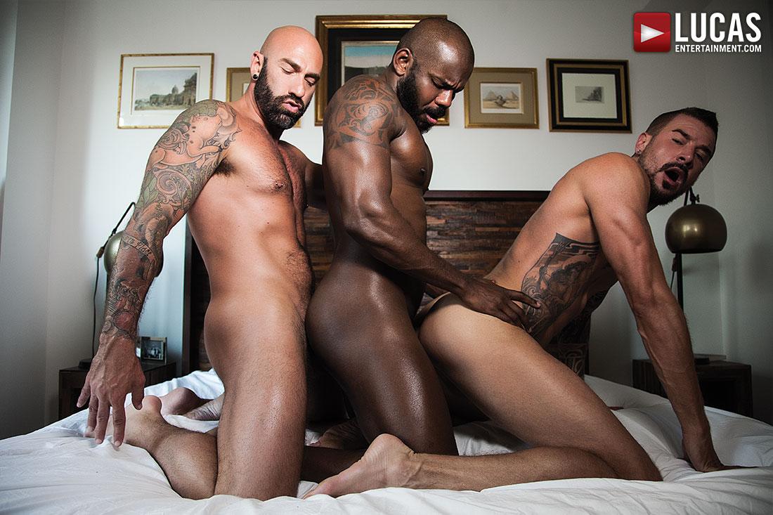 Gay Interracial Threesome
