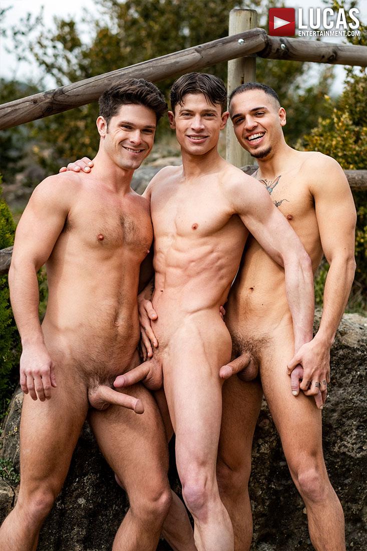 Devin Franco, Ruslan Angelo, Leo Rex   Ball Zapping Action - Gay Movies - Lucas Entertainment